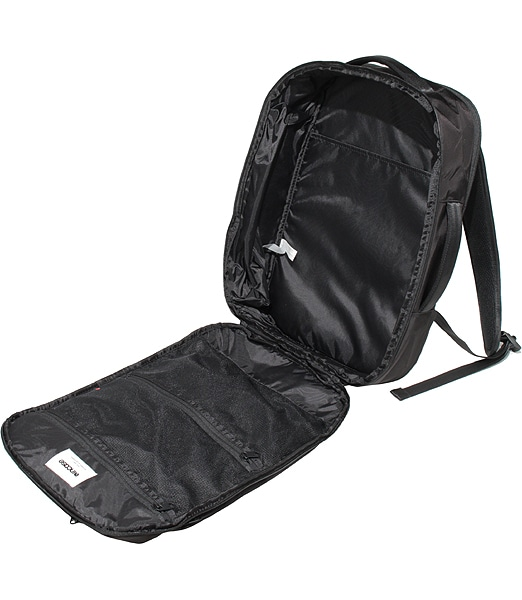 INCASE Via Backpack Lite With Flight Nylon 202SS